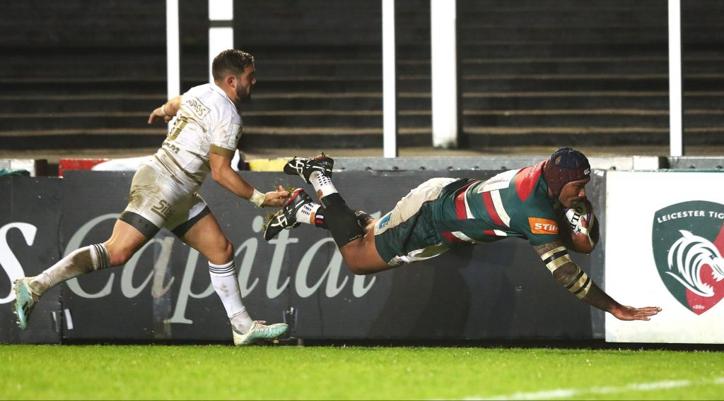 Seven-try Leicester thrash Worcester